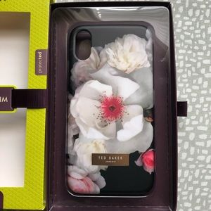 NEW!!! IPhoneX TED BAKER CASE